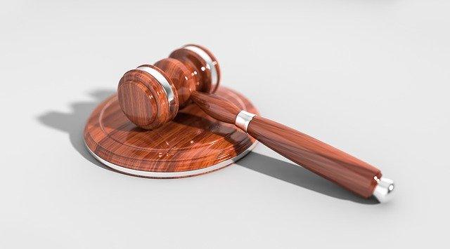 Droits des usagers (et/ou services des plaintes)